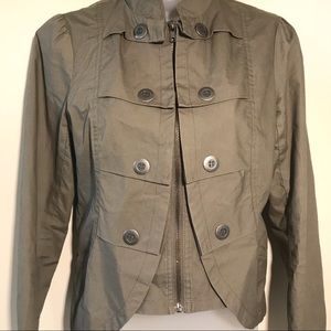 Army green zip-up jacket - flattering & like new
